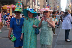 IMG_6784 (neatnessdotcom) Tags: easter bonnet parade 2017 hats costumes new york city 5th avenue manhattan nyc tamron 18270mm f3563 di ii vc pzd canon eos rebel t2i 550d
