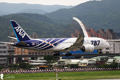 2017-04-23 ANA Boeing-787 JA802A (Steven Weng) Tags: rcss tsa 松山機場 台灣 台北 taiwan taipei canon ana 787 boeing787 all nippon airways boeing 787881 ja802a aviation aircraft 民航機 eos7d2 70300