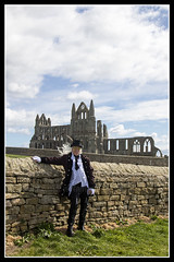 IMG_0021 (scotchjohnnie) Tags: whitbygothweekendapril2017 whitbygothweekend wgw2017 wgw whitby goth gothic costume canon canoneos canon7dmkii canonef24105mmf4lisusm scotchjohnnie portrait people male female stmaryschurch stmarysgraveyard whitbyabbey