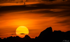 Mr Sun (Nik Salvador) Tags: sun sole sunset montain montagne tramonto