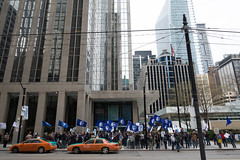 20170428_USW_Solidarity_Demonstration_Toronto_251.jpg (United Steelworkers - Metallos) Tags: manifestation demonstration usw d5 metallos union district5 syndicat glencore cezinc demo stockexchange toronto canlab