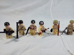 The American squad ww2 (A.V.V.) Tags: lego moc ww2 battleforcaen