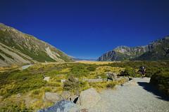 The Hooker Valley track (T Ξ Ξ J Ξ) Tags: newzealand aoraki mountcook fujifilm xt1 teeje fujinon1024mmf4 day hooker valley river tracks