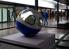 20170324_112135 (durr-architect) Tags: shoppingcentregelderlandplein amsterdambuitenveldertartsculpturemodern larserik fisk volkswagenball