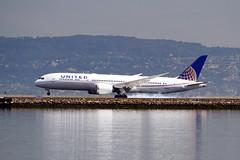 United 787 N26960 at SFO (Ian E. Abbott) Tags: boeing7879 boeing787 boeing 7879 787 dreamliner 36408 unitedairlines united ual n26960 sanfranciscointernationalairport sanfranciscoairport ksfo sfo