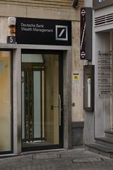 Deutsche Bank / Wealth Management / underground (王磊爱) Tags: lugano bank deutschebank underground disco