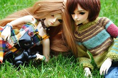 ADAD 140 / 365 Outside (emmr_ {new account}) Tags: pet cat cd bjd wong mnf minifee seorin ryeon