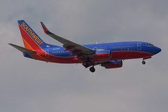 IMG_3435 (olympic707) Tags: southwest planes boeing spotting airliners bwi baltimorewashingtoninternationalairport 7377h4 canoneos50d kbwi n252wn