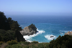 California Coast (Brian Aslak) Tags: california usa coast rocks bigsur pacificocean shore northamerica mcwaycove juliapfeifferburnsstatepark ocanopacfico stillehavet