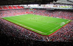 Old Trafford, Manchester (Daniel Zwierzchowski) Tags: madrid uk england canon manchester real football outdoor stadium soccer legends match 18200 manchesterunited oldtrafford 550d eos550d