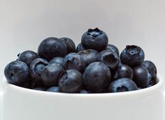 Day 226 Outtake - Blueberry Hill (Tim Stubbs) Tags: blue macro flash olympus blueberry 365 blueberries e30 day226 fl50 2013 sigma105mmf28exdgmacrofourthirds 365226 3652013 week33theme 15aug13