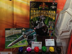 Legacy Dragon Dagger & Legacy Dragonzord (RS 1990) Tags: original toy anniversary legacy 20th bandai powerrangers mightymorphin powermorphicon dragondagger dragonzord tommyoliver
