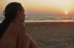 Don't you know me, (We are allone.) Tags: españa sol virginia mar playa arena tres dreads cádiz carmen rama piedras rastas nacked gutiérrez