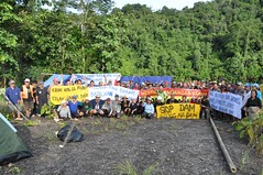 Protesters and Blockaders From Villages Above Proposed Dam Site (International Rivers) Tags: protest sarawak malaysia internationalrivers saverivers baramdam