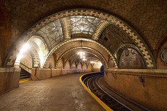 "City Hall Station • <a style=""font-size:0.8em;"" href=""http://www.flickr.com/photos/47399236@N04/11120161353/"" target=""_blank"">View on Flickr</a>"