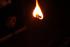 Fogo (over the rainbow ~) Tags: light luz canon fire cool 1855mm fogo t3i canont3i