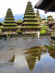 Pura Agung Besakih Temple, Bali (Armando Moreschi) Tags: tempio bali indonesia indù riflesso reflection puraagungbesakihtemple