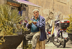 old naples (poludziber1) Tags: city colorful cityscape colorfull street streetphotography napoli italia italy light people urban travel matchpointwinner mpt537