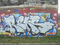 154 (en-ri) Tags: rems one nero bianco arrow parrco dora torino wall muro graffiti writing zec