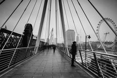 Efemeral (Yannis_K) Tags: blackandwhite monochrome streetphotography goldenjubileebridges longexposure efemeral yannisk nikond7100 nikon1685mmf3556gvr london londoneye riverthames