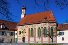 Blutenburg, Schlosskapelle Hl. Dreifaltigkeit (J. Achrainer) Tags: canoneosm5 efm1545mmf3563isstm schlossblutenburg staedteundorte kirche altar kapelle münchen