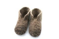 2017.03.20. hahtuvatossut x1 2975m (villanne123) Tags: 2017 tossut slippers hahtuvatossut hahtuva pirtinkehraamo knitting felted forsale finnwool neulottu neulotut huovutettu socks sukat