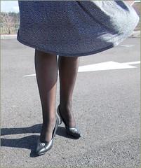 2017 - 03 - 10 - Karoll  - 022 (Karoll le bihan) Tags: escarpins shoes stilettos heels chaussures pumps schuhe stöckelschuh pantyhose highheel collants bas strumpfhosen