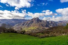 Vista dende Bermiego (titodixebra) Tags: bermigo quirós quiros asturias asturies paraíso paraiso paraísu paraisu verde montaña prao práu