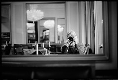 kurfürstendamm berlin (look-book) Tags: berlin kurfürstendamm canon f1 12 55mm asph theavantgardeisanalogue lookbook analog blackandwhite sw analogous analogue análogo film trix d76 fotos foto analogicas bw self developed blackwhite black white blancoynegro noiretblanc