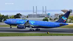 LPPT - PR-AIT - Tudo Azul Livery (José M. F. Almeida) Tags: spotting aircrafts air airport lppt lis lisboa lisbon prait azul linhas aéreas brasileiras airbus a330200 tudo livery