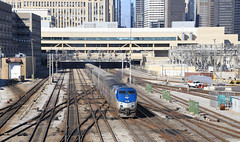Out of the Hole (GLC 392) Tags: amtrak amtk 59 chicago il illinois cus union station signal tri light passenger train railroad rail road way railway downtown down town buildings
