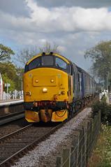 37403 - Buckenham 28/04/17 (James Welham) Tags: drs direct rail services short set mk2 mkii norwich 37403 37423 buckenham 2j83 lowestoft