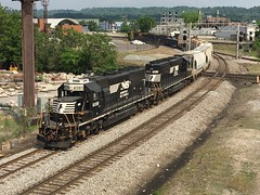 NS SD40-2 6081-AB10 (southernrailway7000) Tags: nssd4026081 norfolksouthernrailroad