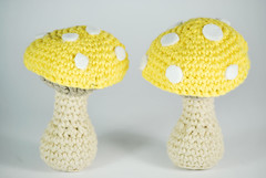 Seta amigurumi amarilla (La Borda del Crochet) Tags: amigurumi seta drops dropslovesyou algodón