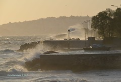 The lamp post ... DSC4172 (Chris Maroulakis - Off for a few weeks) Tags: athens faliro lamppost sea sunset waves nikond7000 2017 chris maroulakis