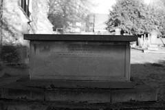 _IAW9329 (IanAWood) Tags: lbofbrent london londoncemeteries nikkorafs58mmf14g nikondf walkingwithmynikon willesden willesdennewcemetery
