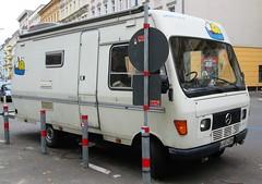 Mercedes Benz L207 D (Legends of wheels) Tags: oldtimer schöneberg berlin kantensteinlegenden camper wohnmobil mercedesbenz207d arnoldrm35 mercedesbenzl207d