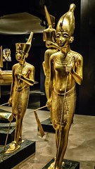 Gold figurines of King Tutankhamun wearing the crown of lower Egypt (left) and upper Egypt (right) New Kingdom 18th Dynasty 1332-1323 BCE (mharrsch) Tags: figure figurine sculpture statue pharaoh king ruler tutankhamun burial tomb funerary 18thdynasty newkingdom egypt 14thcenturybce ancient discoveryofkingtut exhibit newyork mharrsch premierexhibits gold
