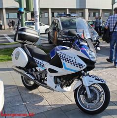 Policía Local A Coruña (emergenciases) Tags: policíalocal acoruña galicia policía pl playa vehículo emergencias 112 rescate moto