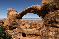 Double O Arch (Tonio06fr) Tags: daylight natural landscape nopeople doubleoarch sandstone nationalpark day blue sedimentary tree geology america desert sky utah usa archespark cliff mountain flickrbronzetrophygroup