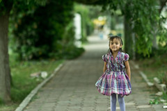 Andy (Lizazita) Tags: flowers flower green nature girl childhood garden children leaf child nia littlegirl leafs childrenportrait childrenphotography