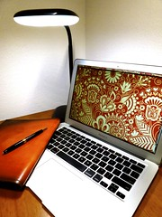 Macbook Air 2013 News May Lumiy LEDs LED Lamp1060850 (stanfordgreentrees) Tags: pro macbook macbookpro macbookair macbookproretina 15inchmacbookproretina