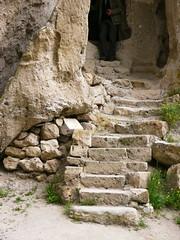Valle de Soganli, Cappadoce, Turquie: glises byzantines (Marie-Hlne Cingal) Tags: stairs turkey turquie scala escaleras treppen escaliers cappadoce rgp soganli glisesbyzantines valledesoganli