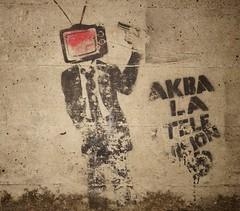 Akba la Televisión. (essquizoide) Tags: street art wall graffiti tv stencil kill head venezuela sony protest social weapon end violence televsion violent maturin monagas