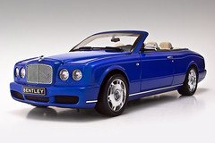 Bentley Azure (Szabo Robert) Tags: cars car canon eos 350d model azure luxury bentley 118 diecast minichamps