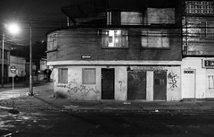 Night (matteoprez) Tags: slr blancoynegro analog 35mm iso200 blackwhite nikon colombia fuji bogotá nikkor biancoenero singlelensreflex chapinero f4s analogico análogo autaut 24mm128 proplusii200 matteopreziosofotografía matteopreziosophotography elprecious