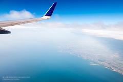 Leaving Chicago (josefrancisco.salgado) Tags: blue usa cloud lake chicago beach azul clouds airplane lago us illinois nikon downtown unitedstatesofamerica playa lakemichigan nubes navypier nikkor airborne avin nube northavenuebeach d4 2470mmf28g ordtolga ua1670 2013070724677
