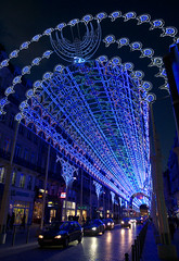 Lille, rue Faidherbe, clairage nocturne (Ytierny) Tags: france vertical architecture shopping commerce illumination boutique lille crpuscule nuit btiment faade dcoration nord immeuble eclairage enseigne edifice mtropole flandre ruefaidherbe citflamande ytierny