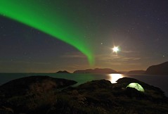 Aurora and moon competing to light up the sea (Snemann) Tags: longexposure nightphotography sea norway northernlights auroraborealis troms lowlightphotography karlsøy smcpda14mmf28edif pentaxk5