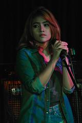 Emotion that came straight from the eyes. (Rickloh) Tags: music live rick samsung thai singers nx liveperformances mirrorless nx11 rickloh
